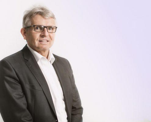 Hans-Jürgen Weber